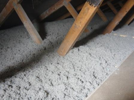 Isolering med papiruld dampspærre